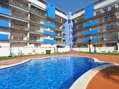 Photo for 3 BEDROOM APARTMENT WITH SWIMMING POOL