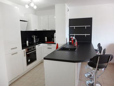 Photo for Apartment 175 m from the center of Fréjus with Internet, Washing machine, Air conditioning, Terrace (457188)