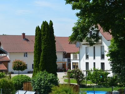 Photo for Bright, friendly apartment with private garden, right on the Danube cycle path