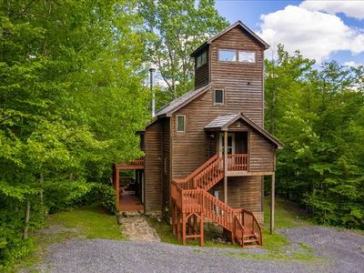 Photo for Centrally Located to all amenities! Adorable, Private,Tree House! Hot Tub, Pet Friendly