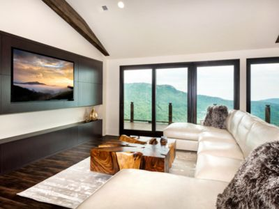 Photo for Luxury Mountain Home