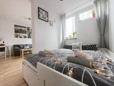 Photo for 1BR Apartment Vacation Rental in Warszawa