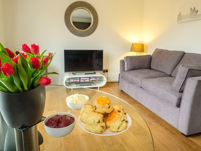 Photo for York City Centre Luxurious Apartment with FREE PARKING!
