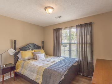 Search 290 holiday rentals