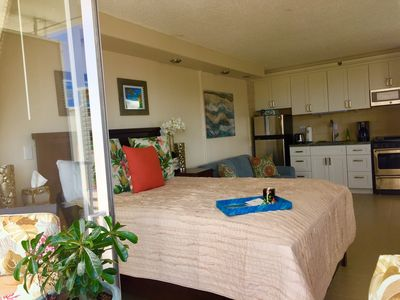 Photo for Ocean view Gem in the Heart of Waikiki, Hawaiian dream vacation Free Wifi & A/C