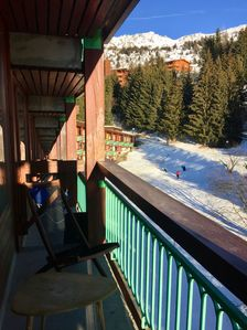 Photo for Apartment ideally located, skis on, south, close to everything