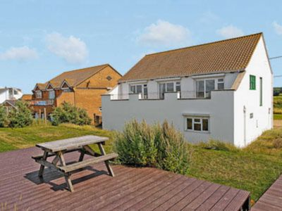 Photo for 4 bedroom accommodation in Heacham, Kings Lynn