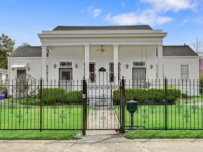 Historic Greek Revival Riverbend -Around the Corner from Jacque-Imos 19STR-07924