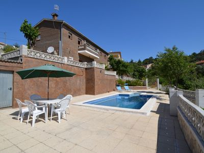 Photo for Club Villamar - Detached holiday villa Vidreres looks out over the forest – with wonderful privat...