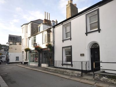 Photo for 4 bedroom Cottage in Looe - CUDDY