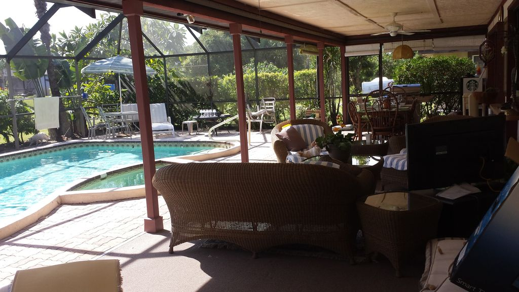 !!Tropical Private pool lanai close to PGA & Ocean