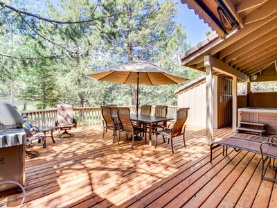 Photo for Sunriver home with private hot tub, resort amenities, SHARC access!
