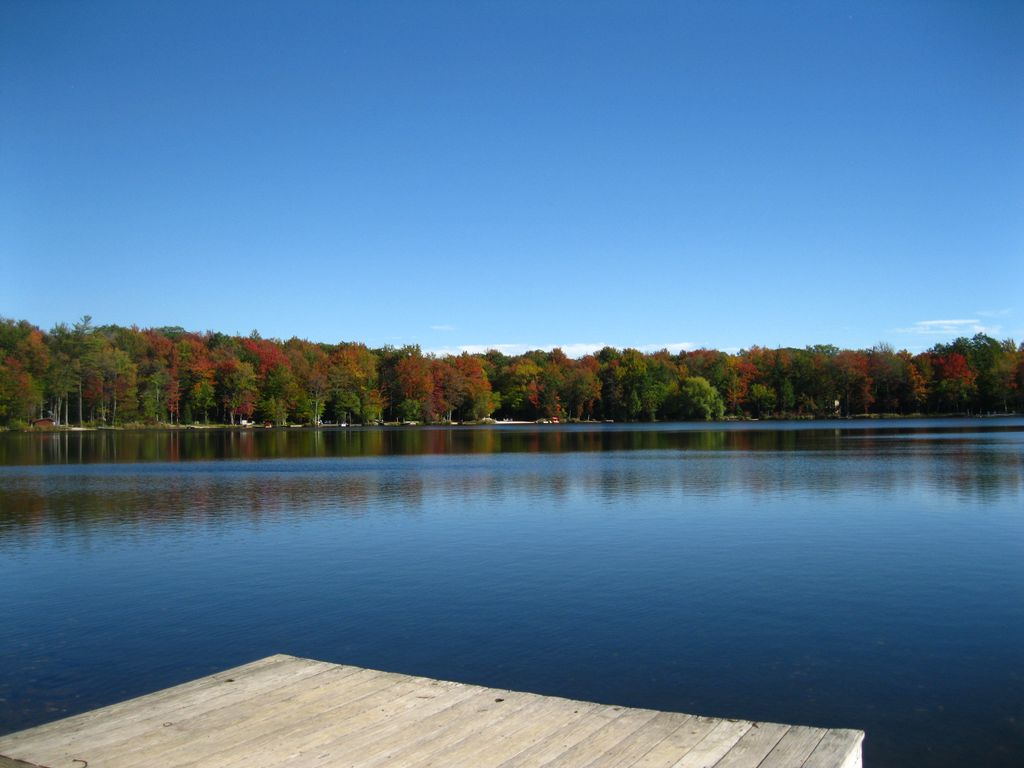 Beautiful Lakefront Home in the Heart of the Pocono Mountains w/ Panoramic Views