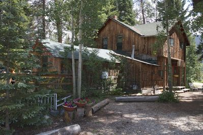 Main House Lemmon Lodge
