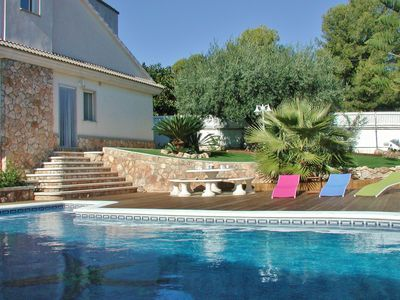 Photo for Pool villa for large families with espacious garden and in Roda de Berà, Costa Dorada - CD305