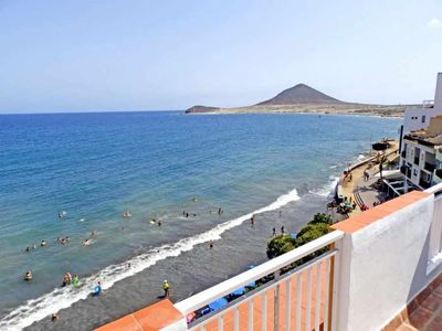 Photo for Penthouse with 2 bedrooms in front of the beach in El Medano