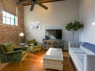 Hip Historic Loft Downtown