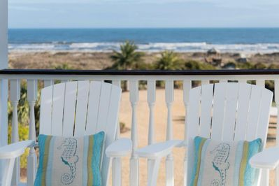 Serene oceanfront views!