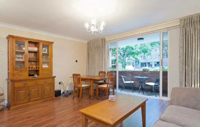 Photo for 1 Bedroom Apartment On St Stephen's Green - One Bedroom Apartment, Sleeps 4