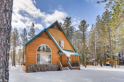 Evergreen Escape, Vacation Rental 365 - Welcome to Evergreen Escape
