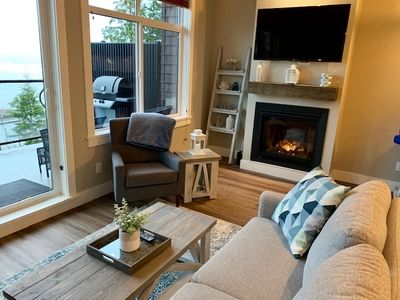 Photo for Sandy feet retreat- Modern Oceanfront Cottage with unbeatable views!