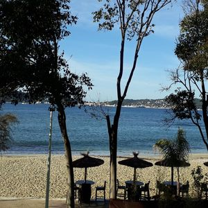 Photo for Very nice apartment in the Provençal sun 50 m from the sea