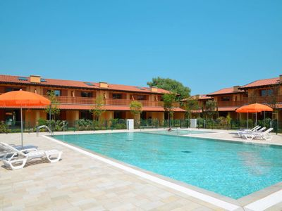 Photo for Lignano Sabbiadoro Holiday Home, Sleeps 6 with Pool, Air Con and WiFi