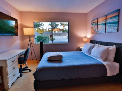 Photo for Private Room 15 min to Beach, Disneyland, CSULB