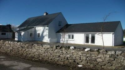 Photo for Restored & Rural Ryans Cottage, Central Location with Large Bright Kitchen