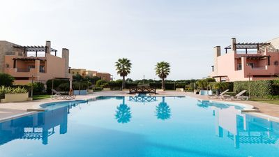 Photo for Luxury apartment close to golf, beaches and marina in Vilamoura