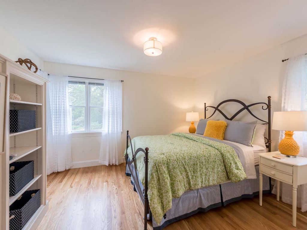 Beautiful Custom Built Home Overlooking Little Duarte Pond, Beautifully Landsacped, Newly Painted and Furnished for 2017