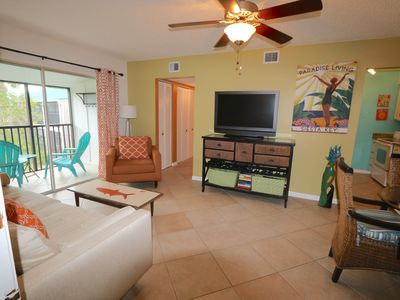 Photo for Siesta Key 1/1 Condo, 2 Queen Beds, Pool, Walking distance to Beach
