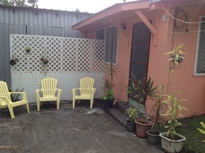Private, cozy and secure in the midst of banana and papaya trees.