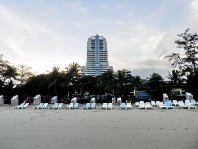 Photo for 1 bedroom condo 2 minutes walk to Patong beach