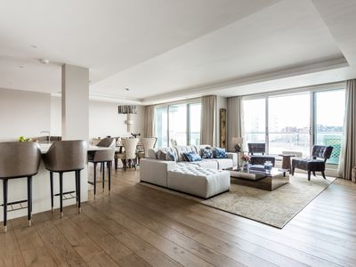 Photo for Chelsea Crescent - Two Bedroom Apartment, Sleeps 4