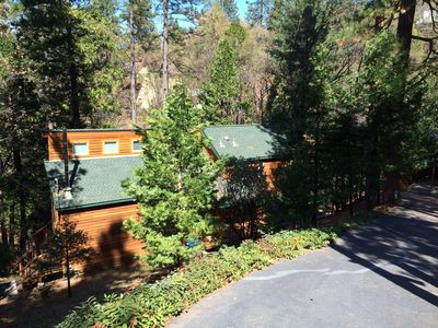Photo for Upscale & Beautiful spacious cabin near Twain Harte with a/c