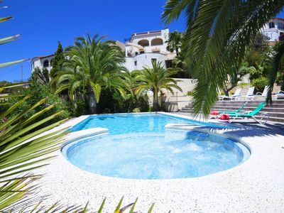 Photo for Wonderful private villa for 8 people with private pool, hot tub, WIFI, A/C, TV and parking