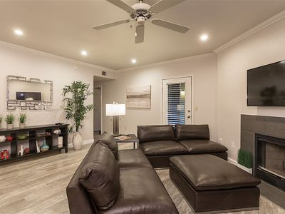 Photo for *SANITIZED* SPECIAL OFFER Home Suite Home 3 BR Condo/ Pool/ Fitness/ Scottsdale