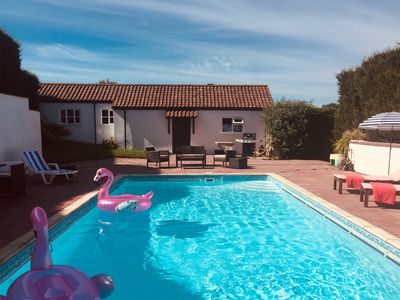 Photo for Luxury guest house. Heated pool (May-Sept). Beach location. Stunning walks.