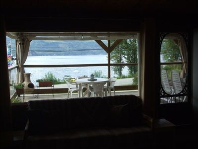 Unobstructed view of the water from inside out!
