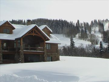 Luxury 5 bedroom ski in/ski out! Located in Prospect-Can rent as 3 or 4 bedroom!