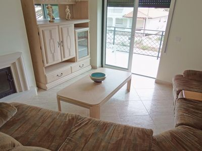 Photo for Atlantic Serra da Boa apartment in Buarcos with WiFi, shared terrace, balcony & lift.