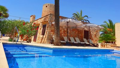 Photo for Traditional Finca with Private Pool in Santanyi with good access to Stunning Coastlines & Beaches!