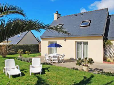 Photo for Vacation home in St. Pol - de - Léon, Finistère - 6 persons, 4 bedrooms