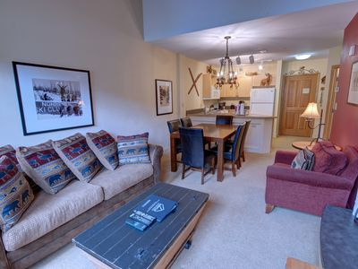 Photo for Silver Mill 8294 Top Floor 1bd with Fireplace, Walk to Gondola by Summitcove Lodging