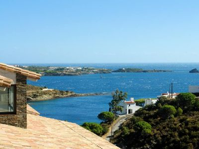 Photo for Beautiful quiet house in front of the beach and in the Cap Creus' natural park