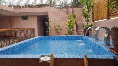 Photo for En-suite Double or Twins bedroom with top roof pool in Marrakech