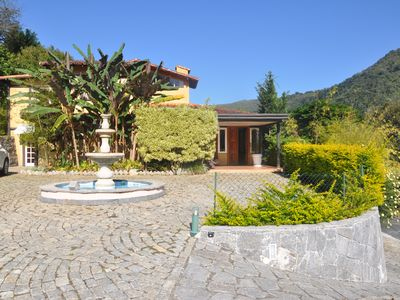 Photo for House in Serra de Itaipava with 5 suites in excellent condominium, with services.