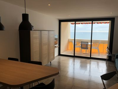 Photo for Apartment 2 bed. facing the sea in the heart of Palavas, refurbished in 2020