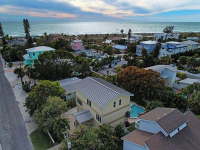 Photo for Hear The Surf/Feel The Breeze... Steps To The Gulf Beach From This 4 Bd/4Ba